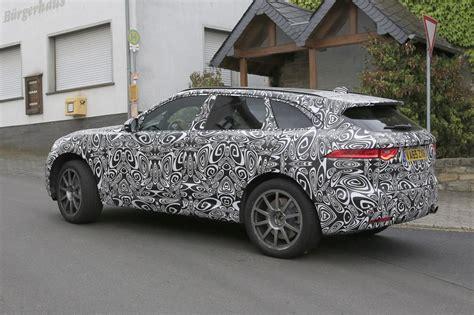 jaguar  pace facelift   suv