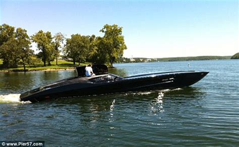 Mti Batman Boat by A Boat Fit For Batman Superboat Built Using Chevrolet