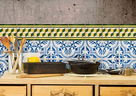 Fliesenaufkleber Küche Günstig by Fliesenaufkleber Kuche Streifen Wohndesign Und Innenraum