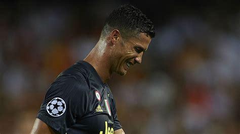 ronaldo  tears  red card  messi fans mocked cr