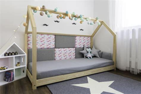Kinderbett Was Mitwächst by Kinderbetten Kinderbett Hausbett 80x180 Cm Ein