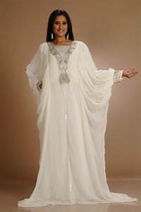 kaftan dress dressed up girl With kaftan wedding dress