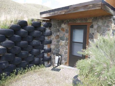 memilih material tepat membangun tembok luar