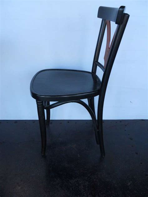 32584 furniture los angeles graceful graceful set of thonet table and chairs for at 1stdibs