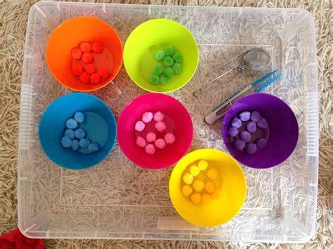 cuisine leclerc activités enfants le tri des couleurs avec des pinces