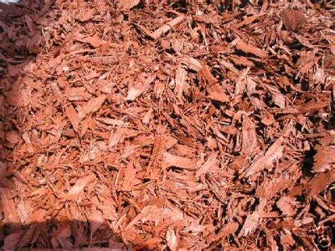 mulch that keeps bugs away rubber mulch