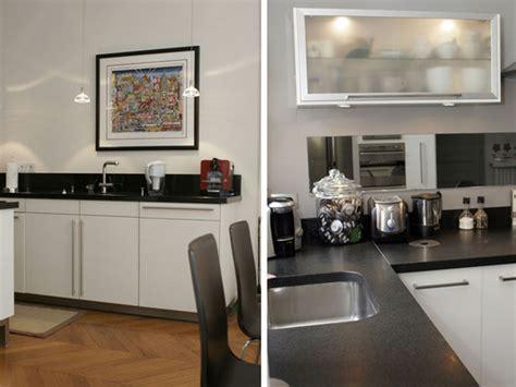 cuisine en noir et blanc photo le guide de la cuisine cuisine contemporaine en