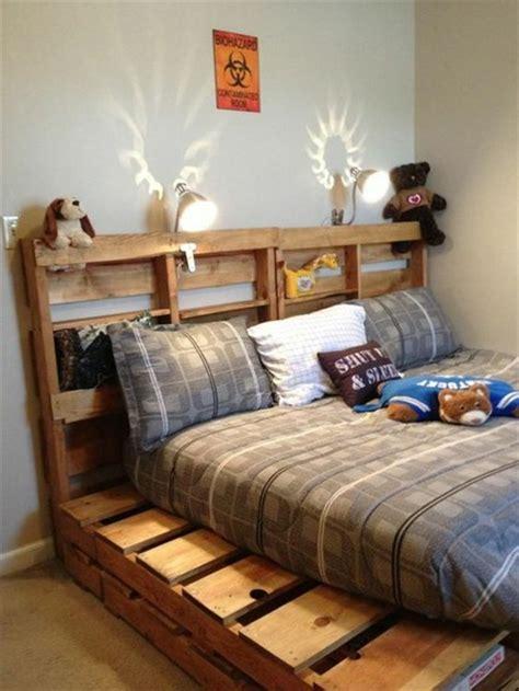 deco chambre avec palette comment faire un lit en palette 52 idées à ne pas manquer