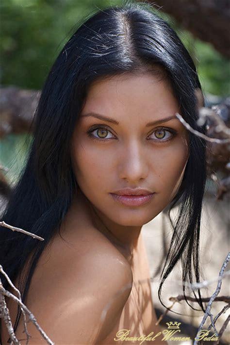 Beautiful Women With Green Eyes ⋆ Beautiful Women Pedia