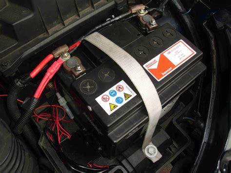 batterie ford focus bat befestigung der batterie ford focus mk1 203532121