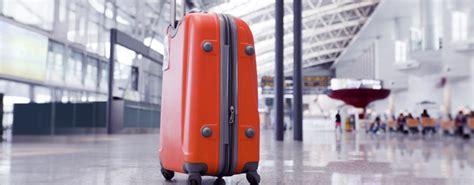 handbag   hand luggage  emirates