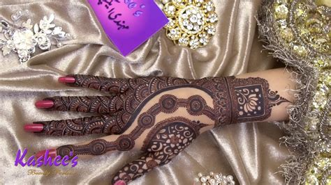 All these designs are adorned with vibrant colors and are sparkled with beads, pearls and with various motifs. Kashee's Signature Mehndi - YouTube