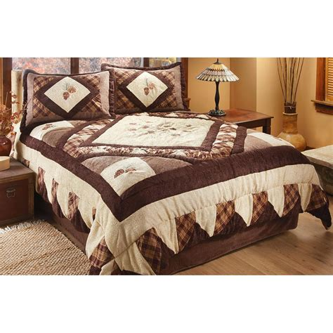 pinecone chenille comforter set 208880 quilts at sportsman s guide