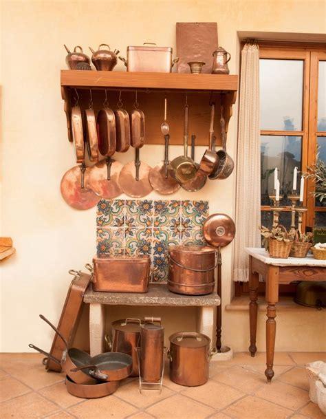 batterie de cuisine en cuivre a vendre 1000 idées à propos de cuisine en cuivre sur