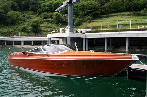 Riva Italian Wooden Boats by 2017 Italian Yard Classic Runabout 23 Power Boat For Sale