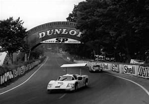 Le Mans Innovation : le mans 1967 chaparral 2f l 39 innovation au pouvoir aco automobile club de l 39 ouest ~ Medecine-chirurgie-esthetiques.com Avis de Voitures