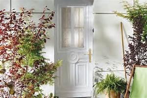 Poser Une Porte D Entrée En Rénovation : portes d 39 entr e pvc bois alu lyon villeurbanne pose en ~ Dailycaller-alerts.com Idées de Décoration