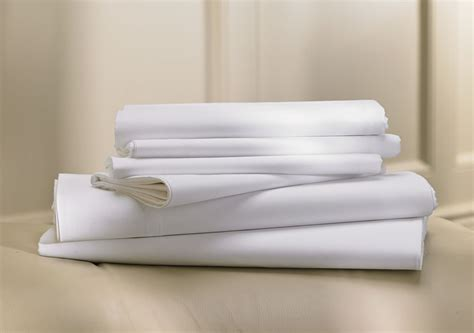 Ritz Carlton Hotel Shop Classic White Sheet Set Luxury Hotel Bedding, Linens and Home Decor