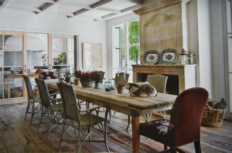 auction decorating rustic dining tables  spain