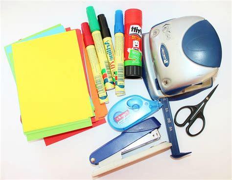 fournitures de bureau pour entreprises et professionnels top 5 des fournitures de bureau indispensables aux entreprises