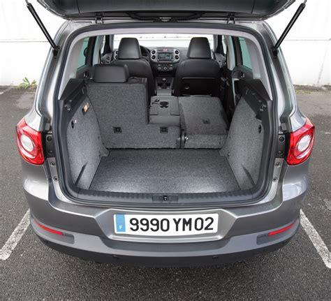 volume du coffre tiguan volume du coffre tiguan 28 images essai comparatif le peugeot 3008 d 233 fie le volkswagen