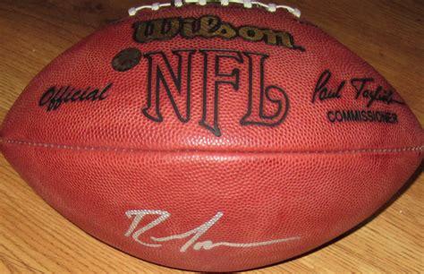 Randy Moss Autographed Nfl Game Model Football Schwartz