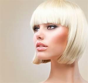 Coupe Femme Courte Blonde : coupe courte femme avec frange selon la forme du visage ~ Carolinahurricanesstore.com Idées de Décoration