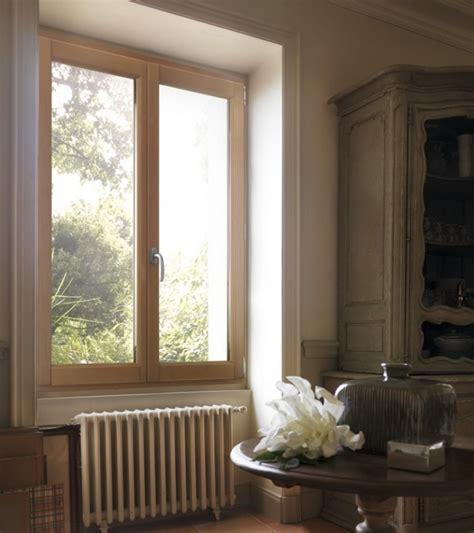 fenetre de cuisine fenêtre intérieure en bois photo 12 15 une fenêtre sur