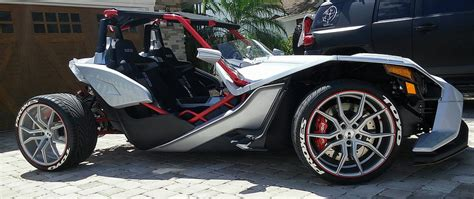 Canadian Modder Adds Fourth Wheel To Polaris Slingshot