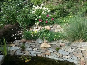 Gartengestaltung Mit Naturstein Mauern Wasserläufe Und Terrassen : naturstein mauern decker gartenbau ~ Orissabook.com Haus und Dekorationen