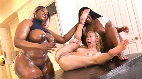 Kenzie Reeves Jayden Starr And Victoria Cakes Interracial