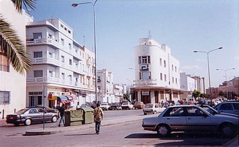 bureau immigration tunisie soussex jpg 42936 bytes