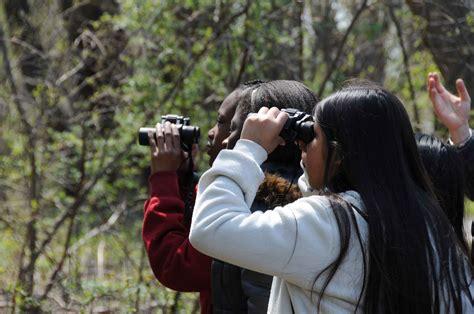picture children  binoculars