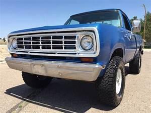 1974 Dodge W100 Shortbed 4x4 Power Wagon
