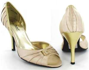 light gold wedding shoes light gold wedding shoes give you a complete wedding look