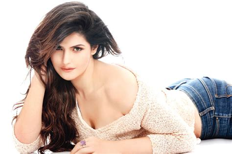 beautiful actress shooting kiss top 10 most beautiful bollywood actresses