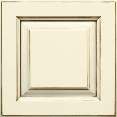 thomasville 14 5x14 5 in cabinet door sle in plaza