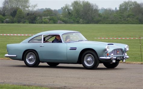 1963 Aston Martin by 1963 Aston Martin Db4 Photos Informations Articles
