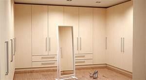 Begehbarer Kleiderschrank Bauen : begehbaren kleiderschrank selbst konfigurieren ~ Bigdaddyawards.com Haus und Dekorationen