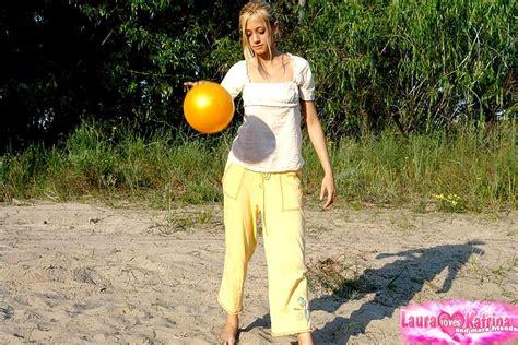 Laura Loves Katrina Lauraloveskatrina Model Watchmygf Clothed Gunn Sex Hd Pics