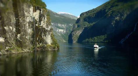 norwegen  der kueste norwegens  die fjorde