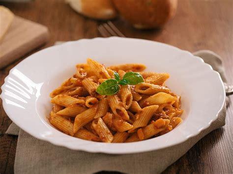 pate a la bolognaise recette recette pates a la bolognaise 28 images lasagnes 224 la bolognaise recette facile p 226 tes