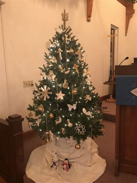 luthers christmas tree deck the halls the 2017 decoration contest winners virginia synod elca