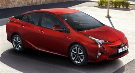 toyota american models toyota recalling 2016 and 2017 prius for parking brake failure