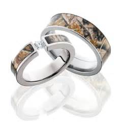 camouflage wedding ring sets camo engagement and wedding ring sets designers tips and photo