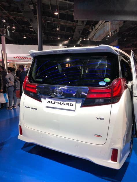 toyota alphard india debut takes place  auto expo