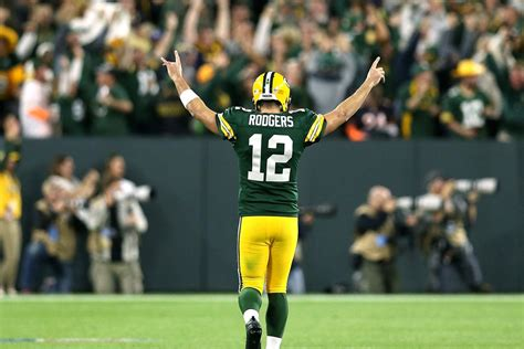 aaron rodgers  staged  legend making comeback