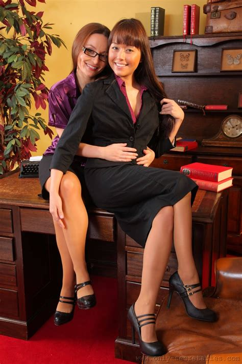 My Top Glamour Models Carla Brown  Only Secretaries