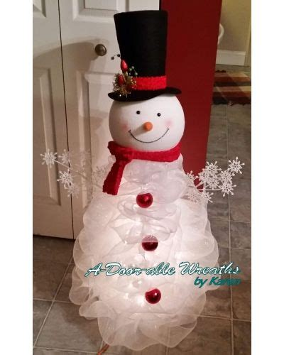 tomato cage snowman standing deco mesh snowman craftoutlet com photo contest a door able wreaths by karen deco