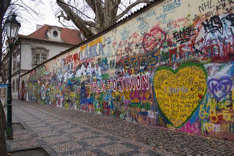 filejohn lennon wall jpg